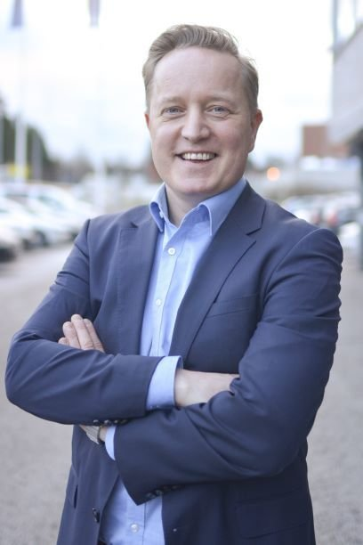 Matti Pohjola Hakonen Solutions Oy:n toimitusjohtajaksi