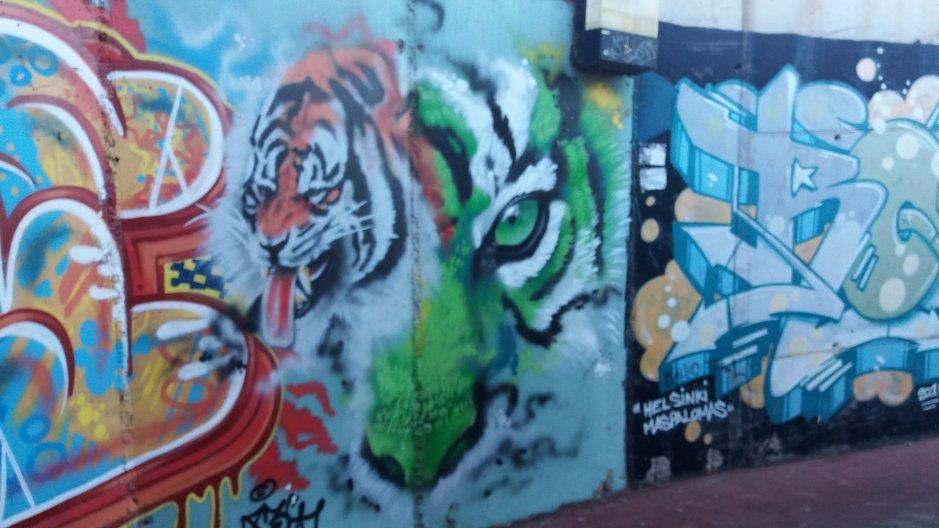 Graffitit – Maspalomas: Holidayworldin alikulkutunneli