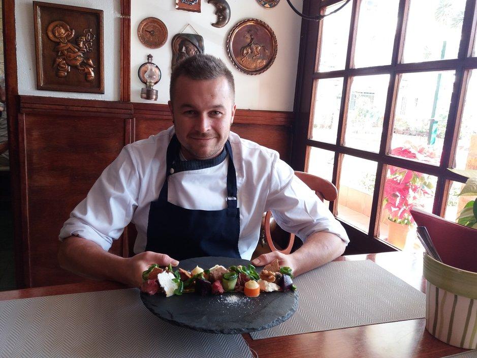 Kuparipannun keittiömestari Toni Haste