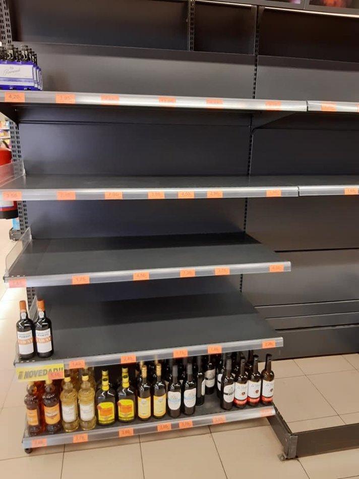 Uutisia - Ruokakauppojen tilanne Kanarialla