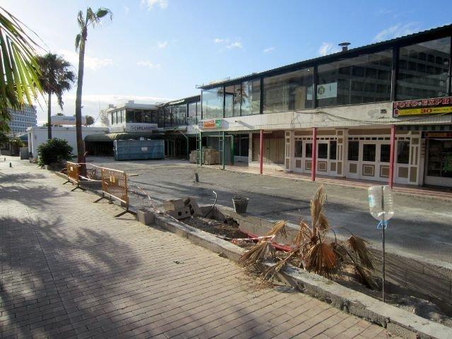 Inglesin kävijöille tuttu kauppakeskus Aguila Roja remontissa: tulossa myös uusia yrityksiä