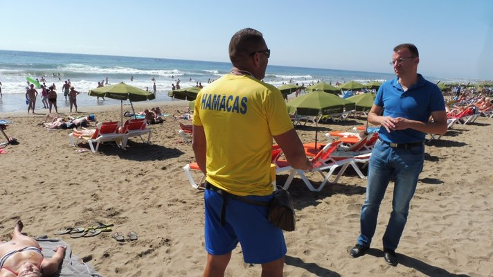 Inglesin ja Maspalomasin rannoille uudet rantakalusteet