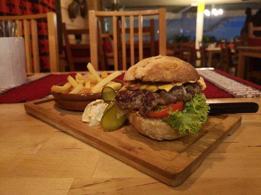 Mummolan Burger