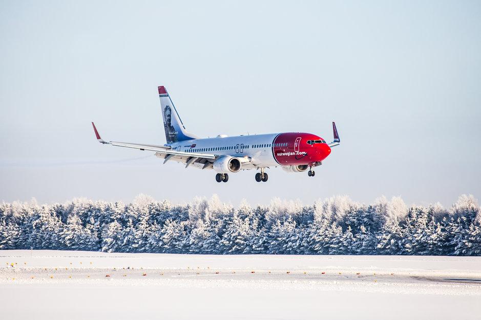 Lentäminen - Espanja pitää pintansa Norwegianin matkustajien hiihtolomasuosikkina 2020