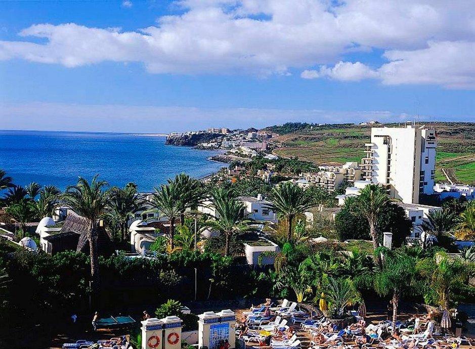 Sekaannusta aiheuttaa muun muassa se, että mikä kiinteistö kuuluu nykyisen vuokralain piiriin. Tulilinjalla ovat erityisesti sellaiset kiinteistöt, joissa toimii ulkomaalaisia matkanjärjestäjiä. Nääitä sekakiinteistöjä syntyi esimerkiksi Playa del Inglesinkin alueelle jo edellisen laman aikana, kun hotelli- ja motellikiinteistöjen piti myydä osa huoneistoista yksityishenkilöille velkojen maksamiseksi.