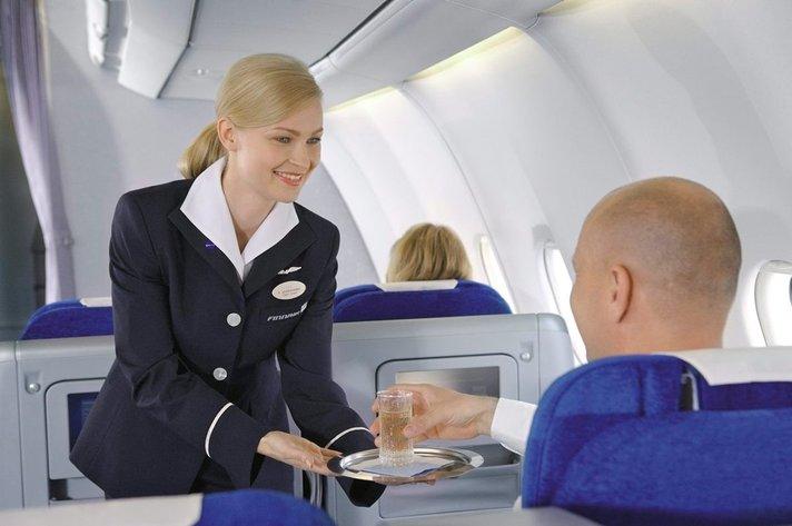 Finnair rekrytoi 400 lentäjää ja matkustamohenkilökunnan jäsentä