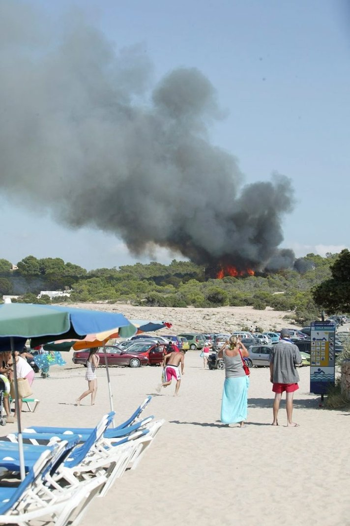 Metsäpalojen välttämiseksi Gran Canarialla avotulen teko kielletty