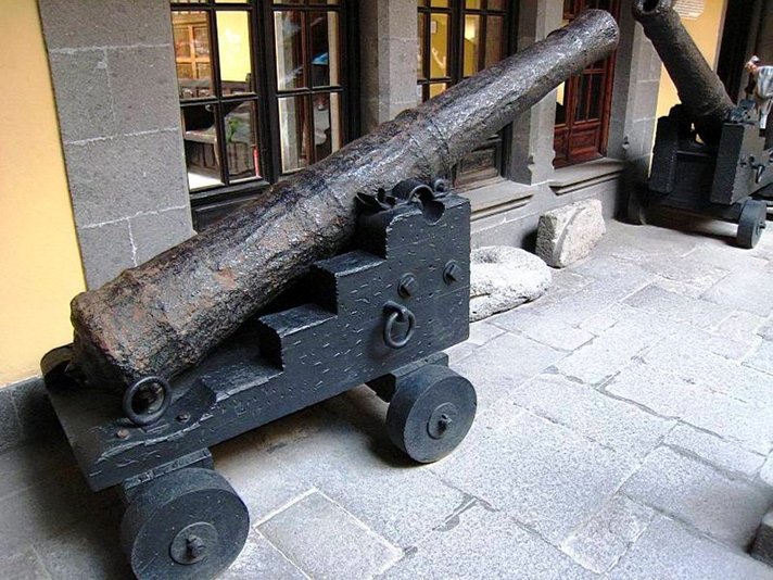 Museot - Las Palmasin museokierros vie historiaan ja nykypäivään