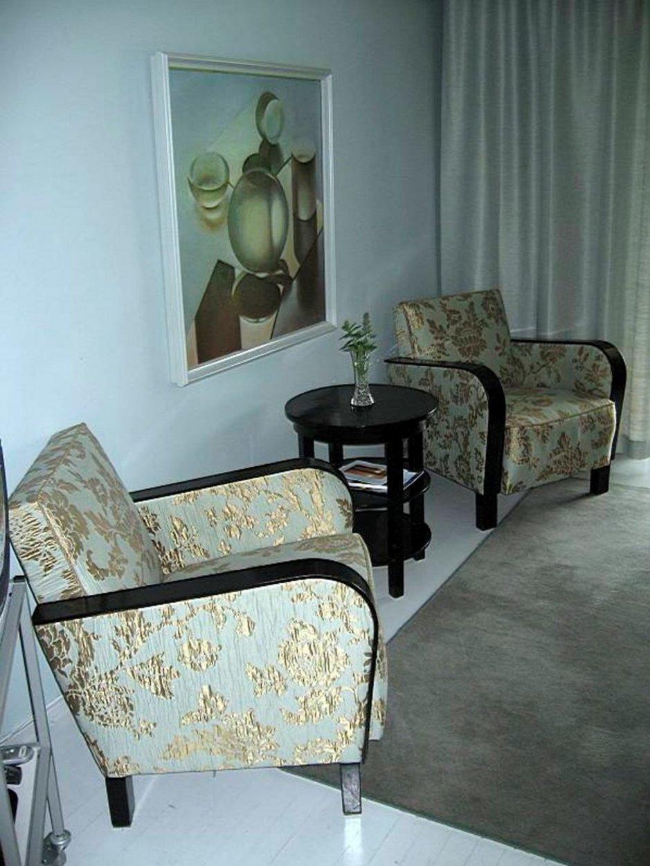 Jos hotellihuone siivotaan matkan aikana hyvin, siitä kannattaa aina siivoja palkita tipillä, joka on yleisesti noin 5 euroa per henkilö, per viikko.