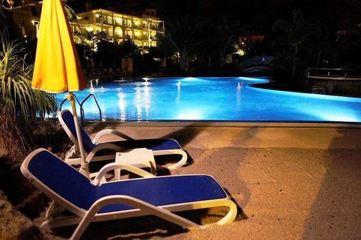 Matkailu - Jopa 62 prosenttia matkailee merkkipäivänään