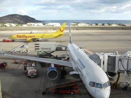 Lentäminen - Aikataulutiedot Helsingissä ja Las Palmasissa