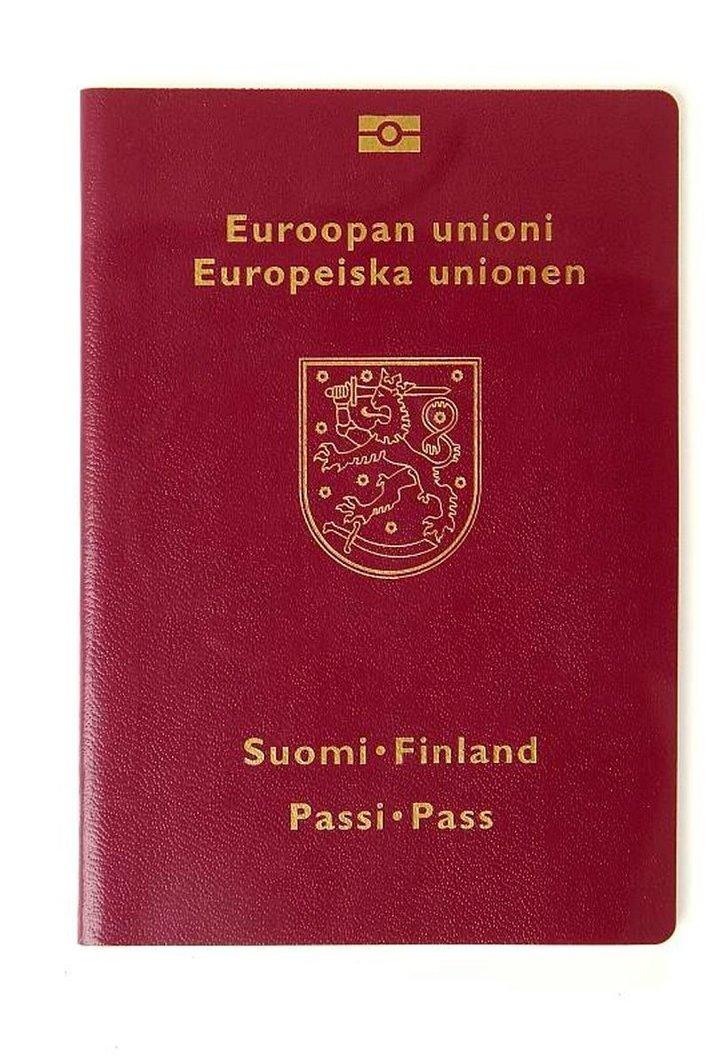 Passin hakeminen muuttuu:  Poliisivierailun sijaan sähköinen hakemus
