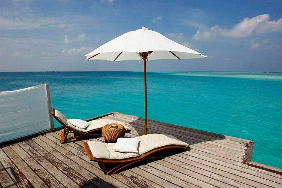 Olipa sitten haaveena reissu puolison tai salarakkaan kanssa, ykköstoiveena olisi loma Malediiveille. Kanariansaaret olivat miesten listalla kuudes ja naisten listalla kymmenes.