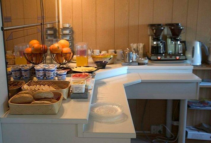 Hotellit - Suomalainen ei halua kahvia hotellihuoneeseensa