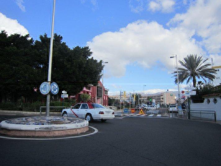 Av.da de España -katu Playa del Inglesissä on suljettu
