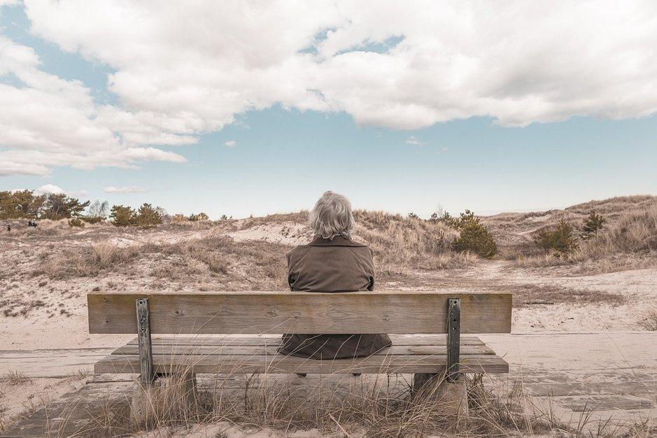 Synkät pilvet taivaalla laittaa eläkeläisen miettimään. Suomalainen lukijamme lähetti oman tarinansa kanaria24.comin lukijoille.
