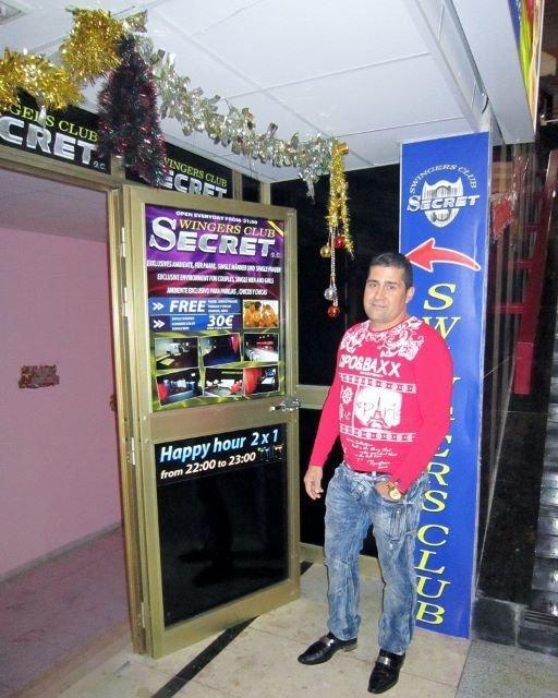 Inglesin uusin parinvaihtoklubiyrittäjä on kolumbialainen Julian, jonka Secret-klubi sijaitsee kauppakeskus Citassa.