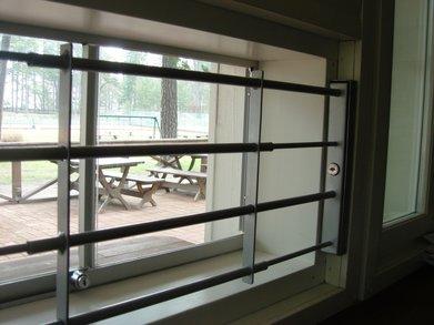 Säädettävä ikkunakalteri