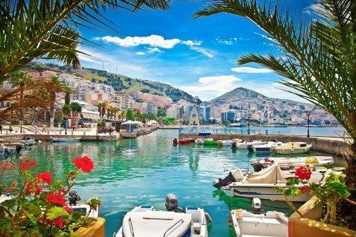 Apollomatkat aloittaa<br /> matkat Albaniaan