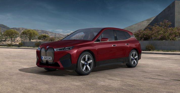BMW:n lippulaivamallin<br /> tuotanto alkamassa