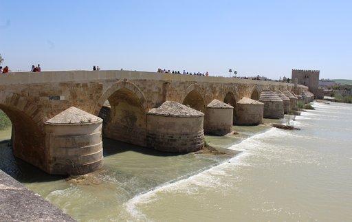 Roomalainen silta on toiminut yli 2 000 vuotta.