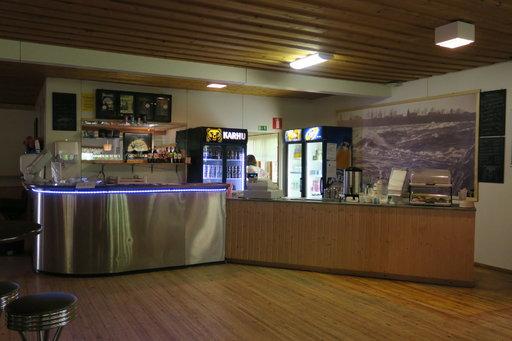 Keitaan ravintolassa on nyt A-oikeudet, mutta myös kahvi tekee kauppaansa.