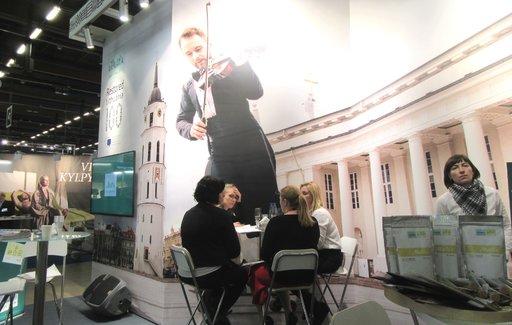 Liettua tarjoaa messuilla kulttuurimatkoja.