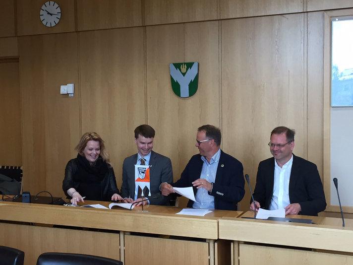 Jukolan viestin järjestelysopimus<br /> allekirjoitettiin Rovaniemellä Helsinki