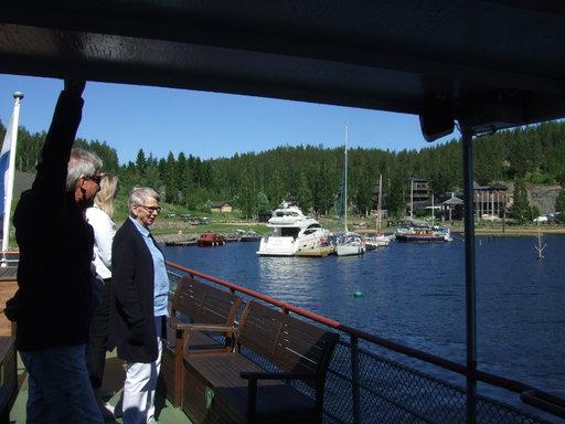 Järvisydämessä Puijo kävi vain pyörähtämässä, sillä laituripaikkaa ei laivalle sopimuksesta huolimatta löytynyt. Saimaan suurimmalle huvijahdille kyllä oli laituritilaa.