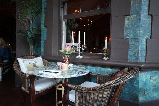Kloofstreet House -ravintolan jokainen huone on sisustettu eri teeman mukaan.