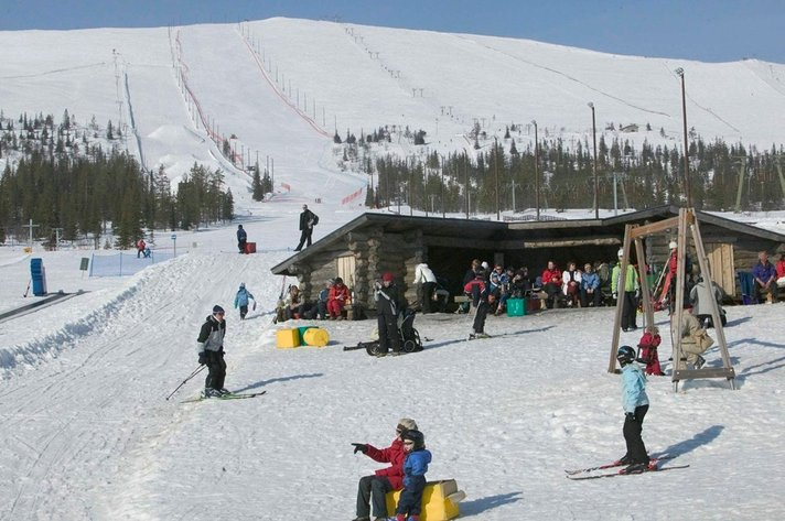 Ylläs tarjoaa uusia<br /> palveluja hiihtäjille