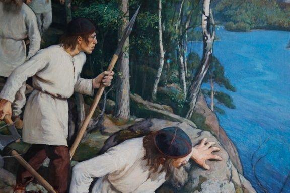 """Muinaisia suomalaisia sotureita. Yksityiskohta Laukon kartanon päärakennuksella nähtävästä Pekka Halosen """"Vainolaista vastaan"""" -maalauksesta (1896). Kuva: Kemira Oy / Liisa Lagerstam."""