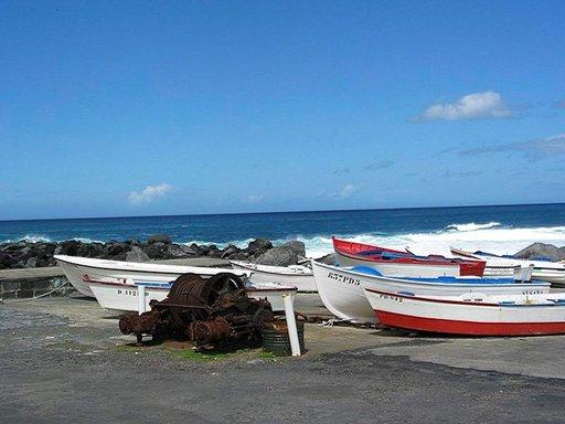 Massamatkailulta välttynyt Azorit on rauhallinen matkakohde.