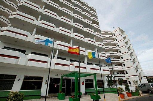 Jo vuosia suomalaisten käytössä olleessa hotellissa on satoja huoneita.