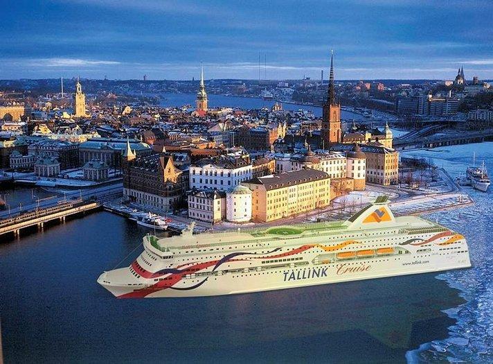 Tallink ylsi hein&auml;kuussa<br /> uuteen enn&auml;tykseen