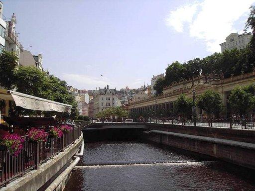 Teplá-joen nimi viittaa lämpöön.