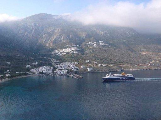 Saarella on vain 2000 asukasta ja matkailijoita melko vähän. Täällä on mahdollista löytää rannallakin rauhainen hetki.