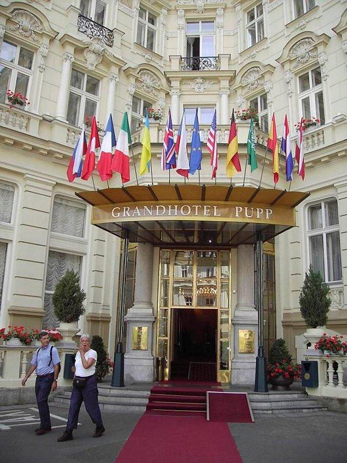 Kuumien lähteiden ja<br /> kylpylöiden Karlovy Vary