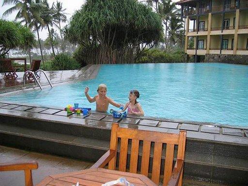 Lighthouse-hotellin monissa uima-altaissa on hyvin tilaa ja ne sopivat myös lapsille.