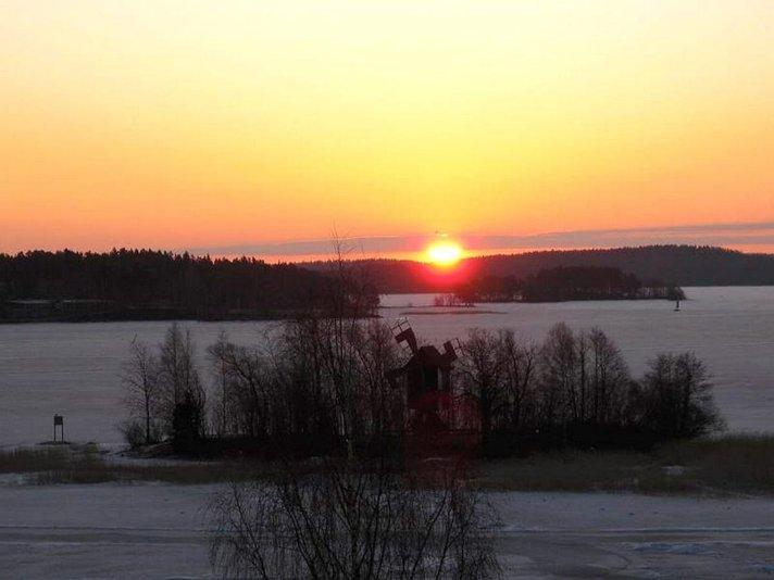 Kuopion kevät -<br /> Kolme tuokiokuvaa Helsinki