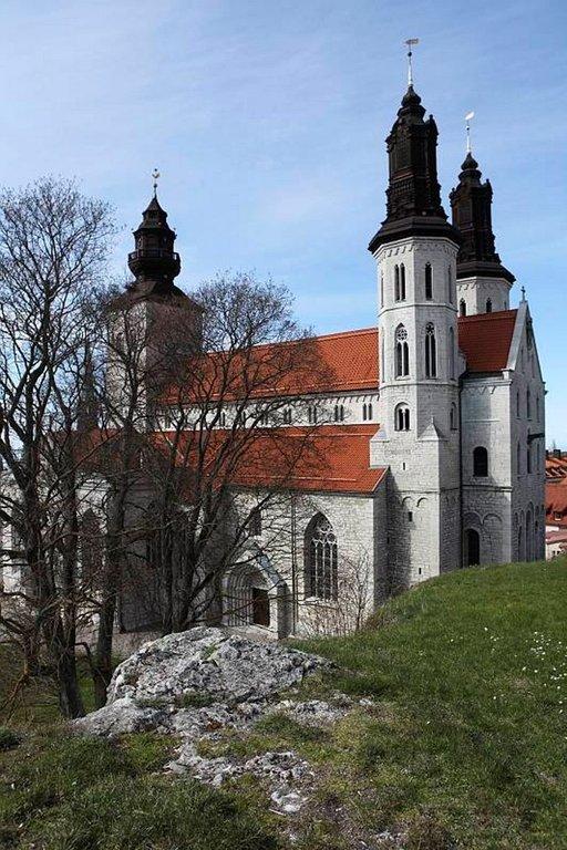 Pyhän Marian kirkko on vuodelta 1225.