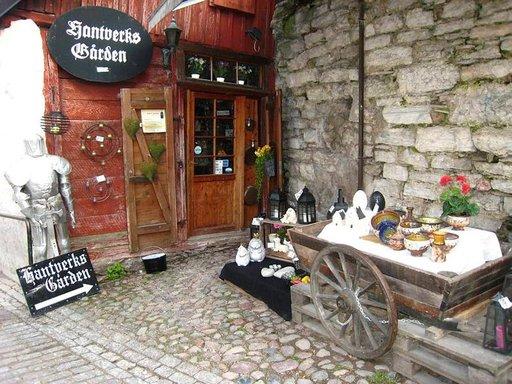 Visbyn Vanhassakaupungissa on viehättäviä pieniä käsityöliikkeitä.