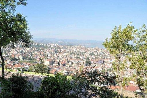 Turkin Trabzon on noin puolen miljoonan asukkaan kaupunki, jonka jyrkät kadut vaativat hyvät pohkeet.