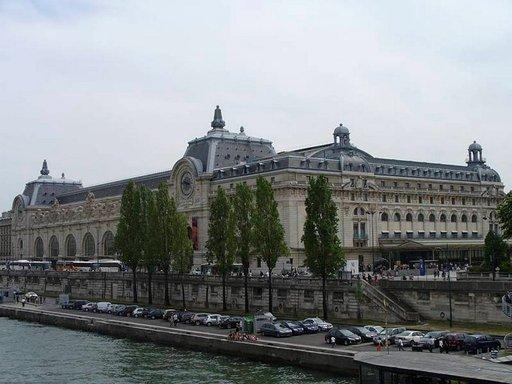 Mielenkiintoinen Musée d'Orsay on myös esteetön.