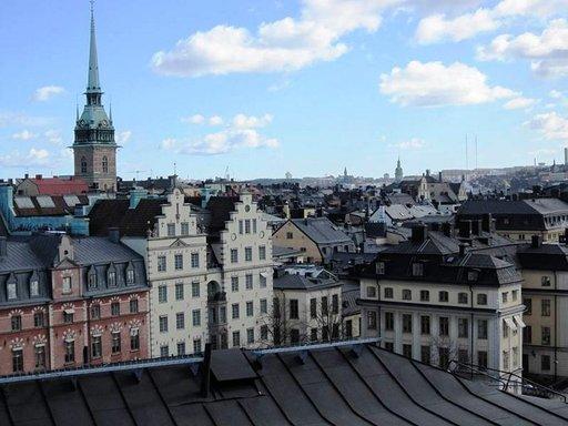 TUKHOLMAN KATOLLA: Erikoinen<br /> matka pääkaupungin katoille ei pelota