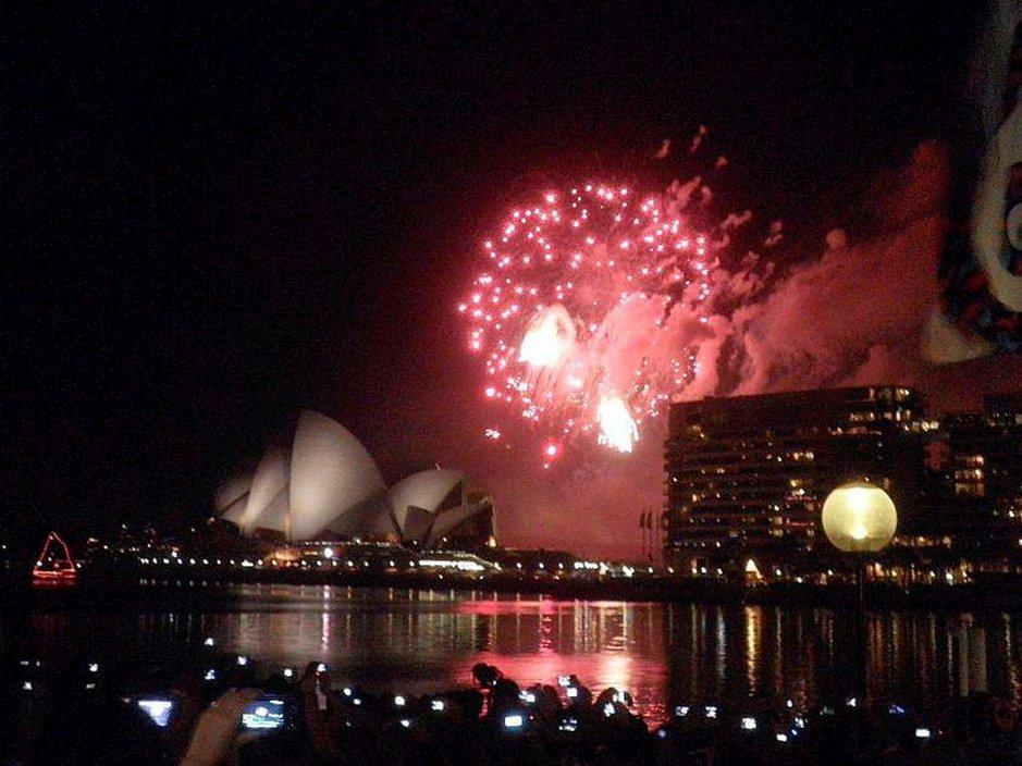 Uusivuosi Sydneyssä.