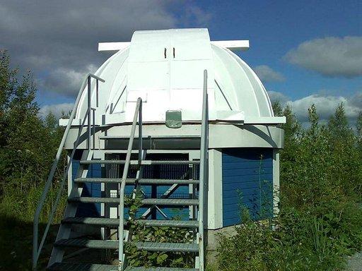 Tähtitornista voi teleskoopin avulla nähdä lukemattomia hienoja tähtisumuja ja galakseja.