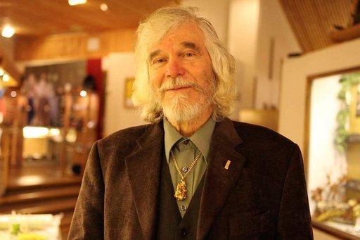 Mr Gold eli Kauko Launonen on perustanut Tankavaaran Kultakylän, jossa toimii myös maailman ainoa kultamuseo.