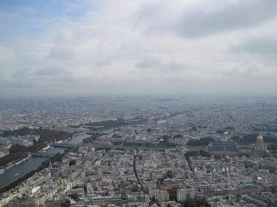 Näkymät Pariisiin Eiffel-tornin huipulta.