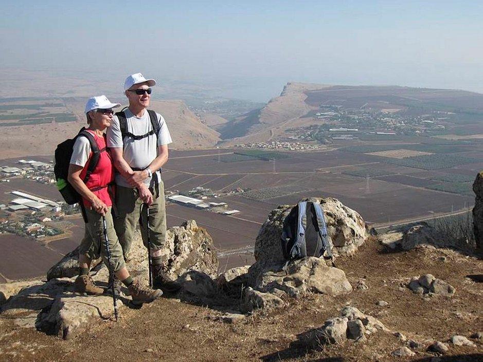 Jeesus-patikka kulkee Pohjois-Israelissa Kyyhkyssolan kautta, jonka laitamilla on upea Arbelan vuori.